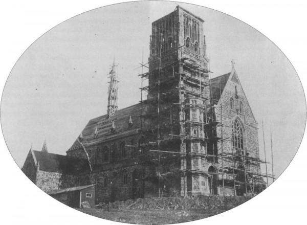 Die Josefskirche kurz vor ihrer Vollendung 1909